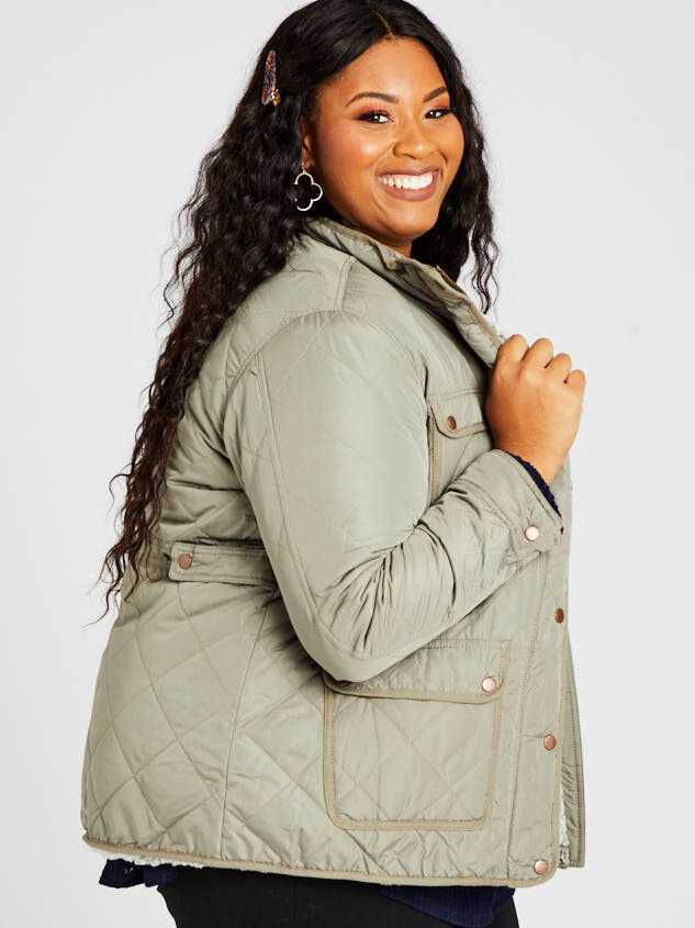 Alpine Quilted Puffer Jacket Detail 3 - A'Beautiful Soul