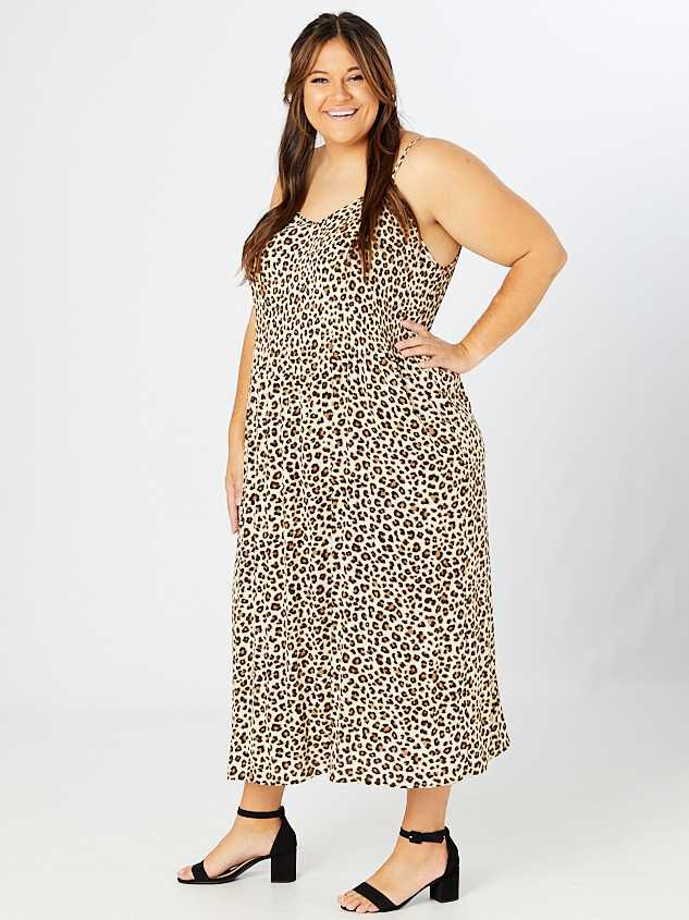 Cally Pleated Leopard Maxi Dress Detail 3 - A'Beautiful Soul
