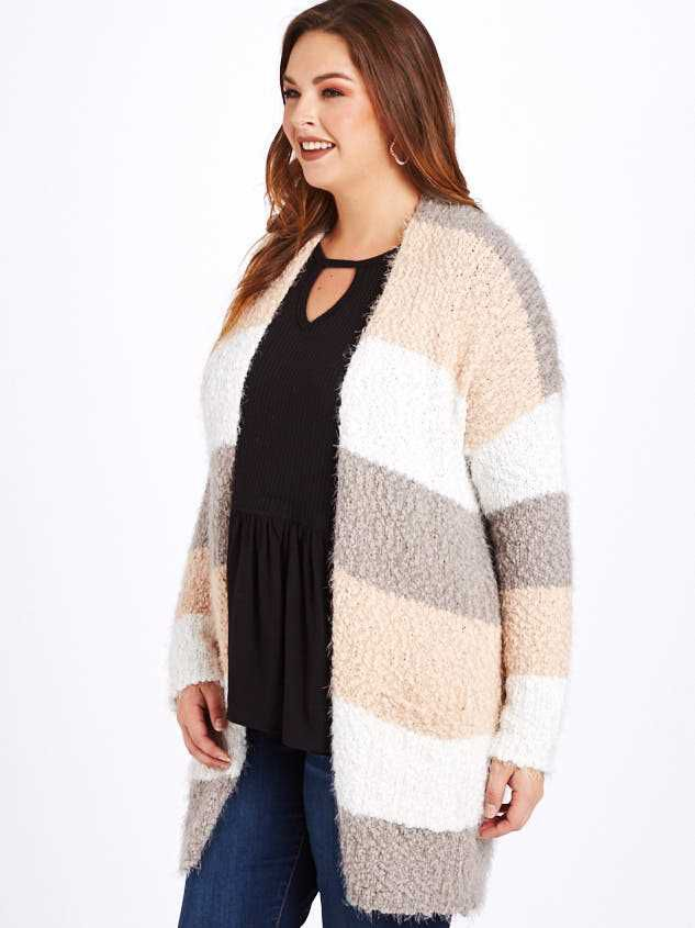 Lovely Lash Color Block Cardigan Sweater Detail 2 - A'Beautiful Soul