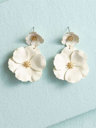 Flower Power Dangle Earrings - A'Beautiful Soul
