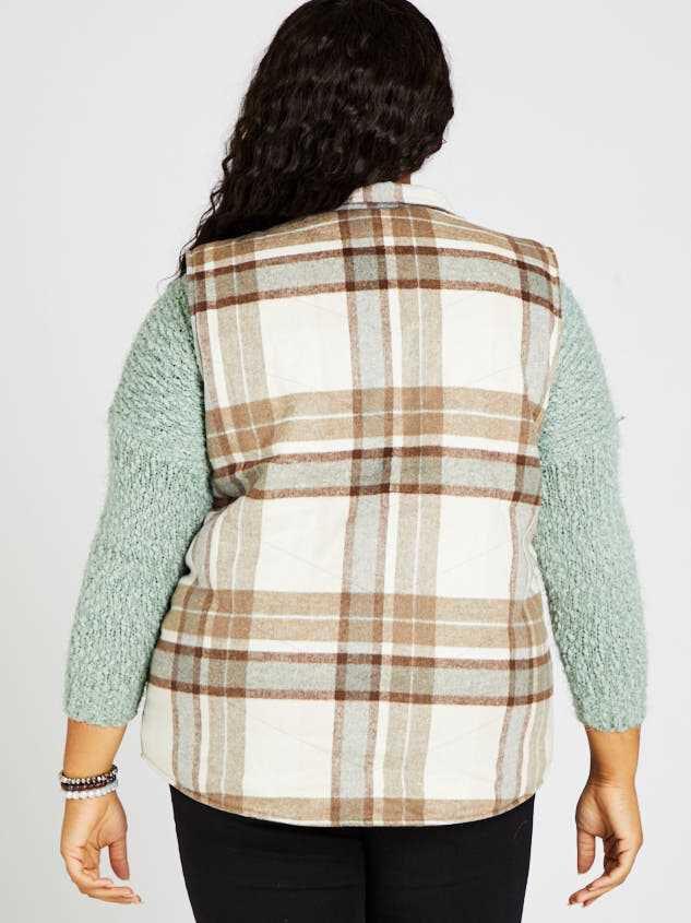 Alpine Plaid Puffer Vest Detail 3 - A'Beautiful Soul