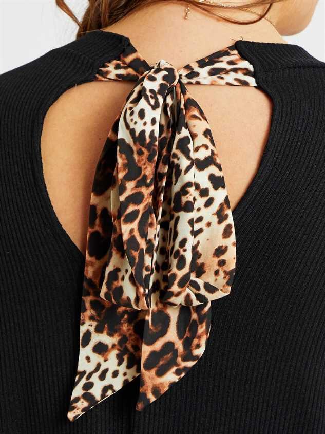 Leigh Dress Detail 4 - A'Beautiful Soul