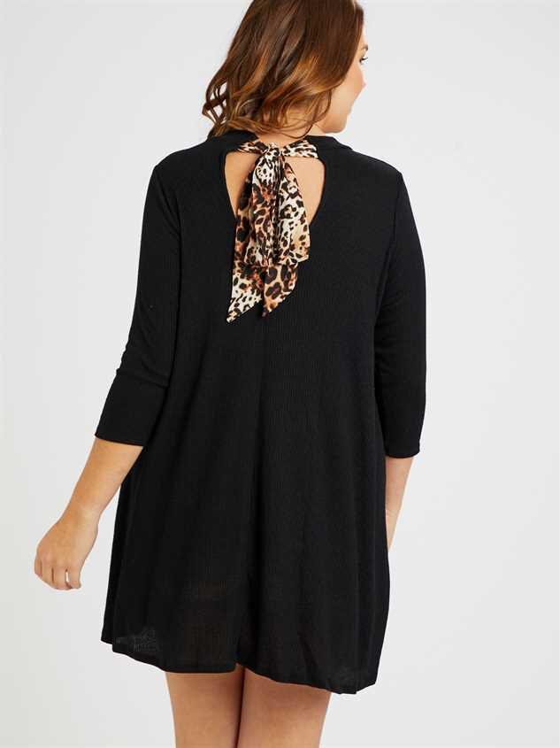 Leigh Dress Detail 3 - A'Beautiful Soul