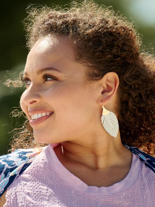 Anouk Earrings - A'Beautiful Soul