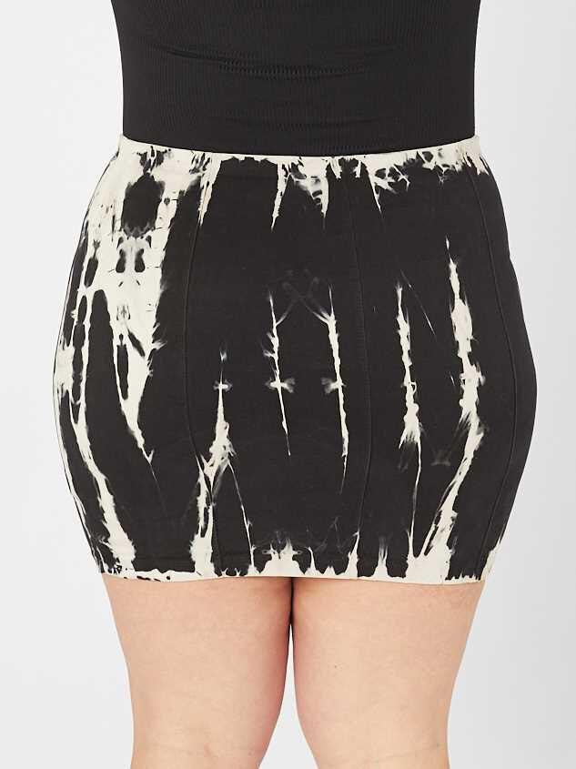 Black Tie Dye Skirt Detail 4 - A'Beautiful Soul