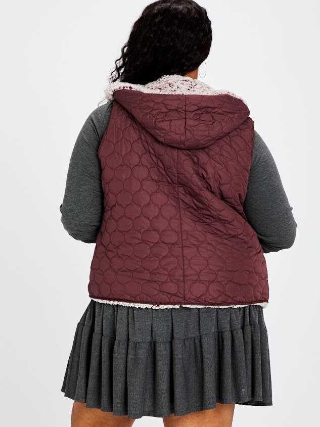 Carmen Outerwear Vest Detail 3 - A'Beautiful Soul
