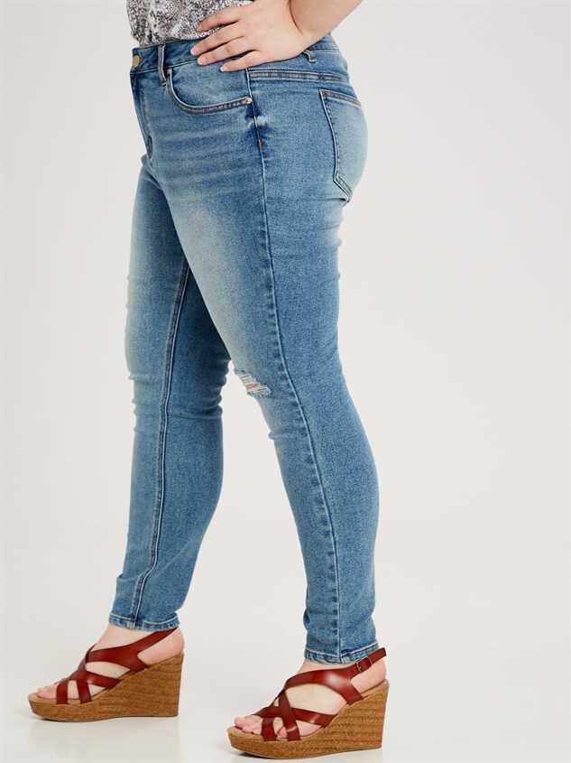 Barlow Jeans Detail 2 - A'Beautiful Soul