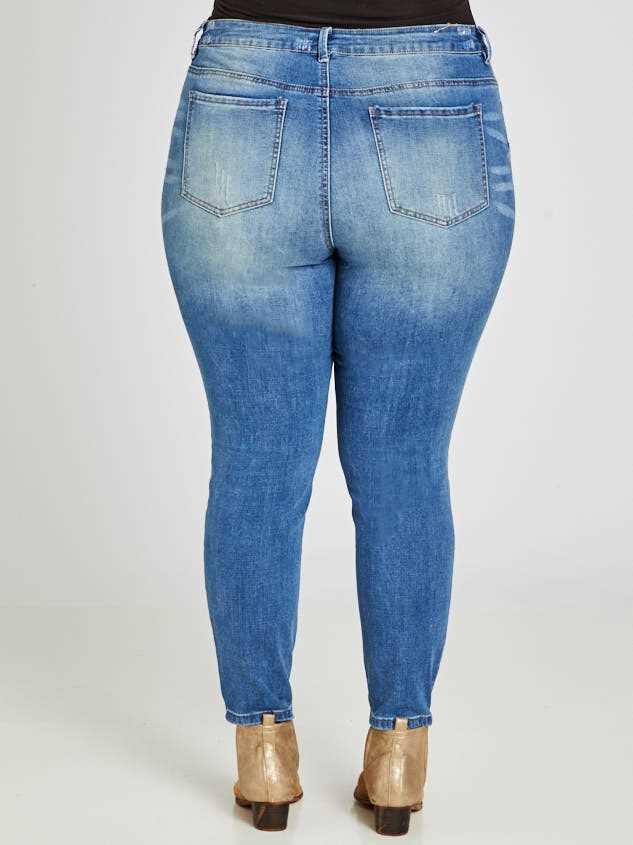 Barlow Jeans Detail 4 - A'Beautiful Soul