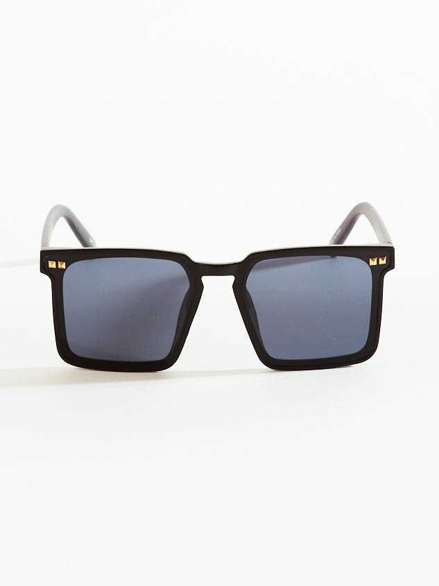 Kelsey Sunglasses - Black Detail 2 - A'Beautiful Soul