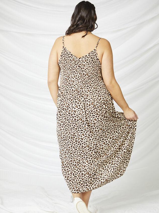 Cally Pleated Leopard Maxi Dress Detail 3 - A'Beautiful Soul