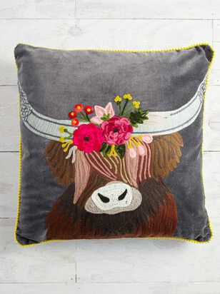 Highland Cow Floral Pillow - A'Beautiful Soul