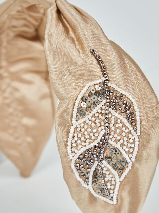 Augusta Headband Detail 3 - A'Beautiful Soul