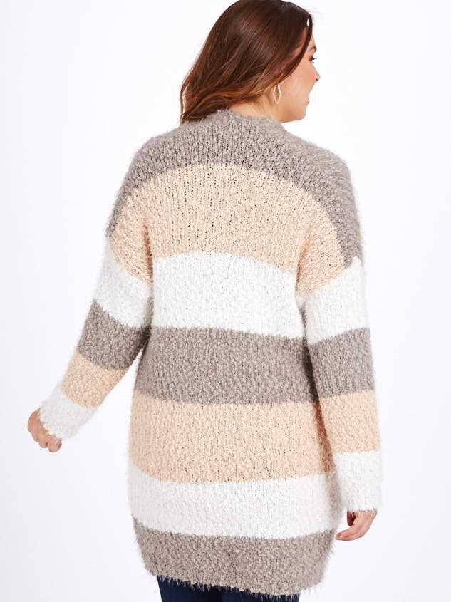 Lovely Lash Color Block Cardigan Sweater Detail 3 - A'Beautiful Soul