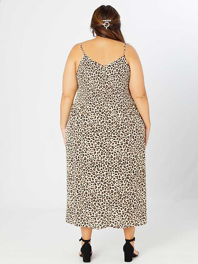 Cally Pleated Leopard Maxi Dress Detail 4 - A'Beautiful Soul