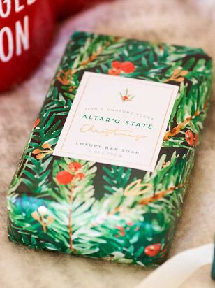 Signature Christmas Scent Soap - A'Beautiful Soul
